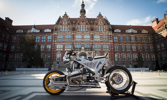 The World Admires the Motorbike Designed by a GUT Researcher