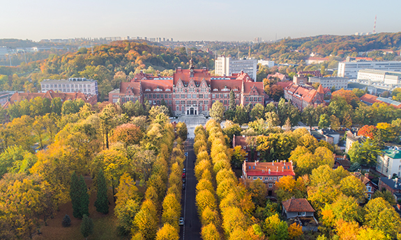 GUT Once Again Is the Most Popular University in Poland
