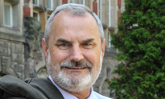 Professor Waldemar Kamrat from the Faculty of Electrical and Control Engineering in the advisory team of the Minister of Science and Higher Education